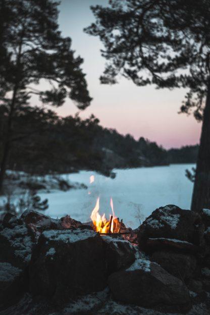 sjö, sverige, skog, skymning, pinnbröd och linolja, kvällsljus, skogsbad