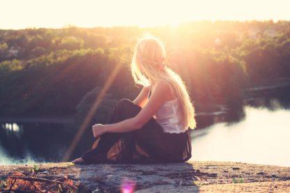 yoga, tyst vandring, skogsbad, må bra, energi, naturen, andas, skogen, sjö, vatten, sinnen, livet